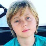 Filho de Luciano Huck sofre acidente no mar